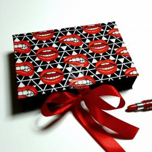 Pudełko Usta 155x235x45 na prezent, ręcznie robione